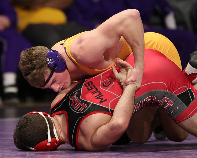 157: Daniel Close (MSU) Dec. over Shea Conley (CMU) 9-4 | MSU 24 – CMU 0 - 180106amk0024