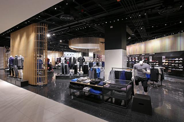 5bafd42b1aefe Nike abre en Liverpool Satélite su tienda más grande – RunMX
