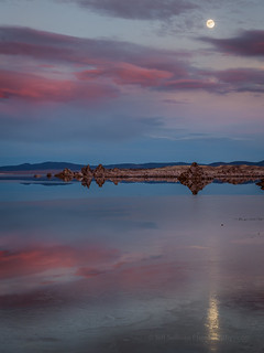 Moon rise Mono Lake, New Years Eve