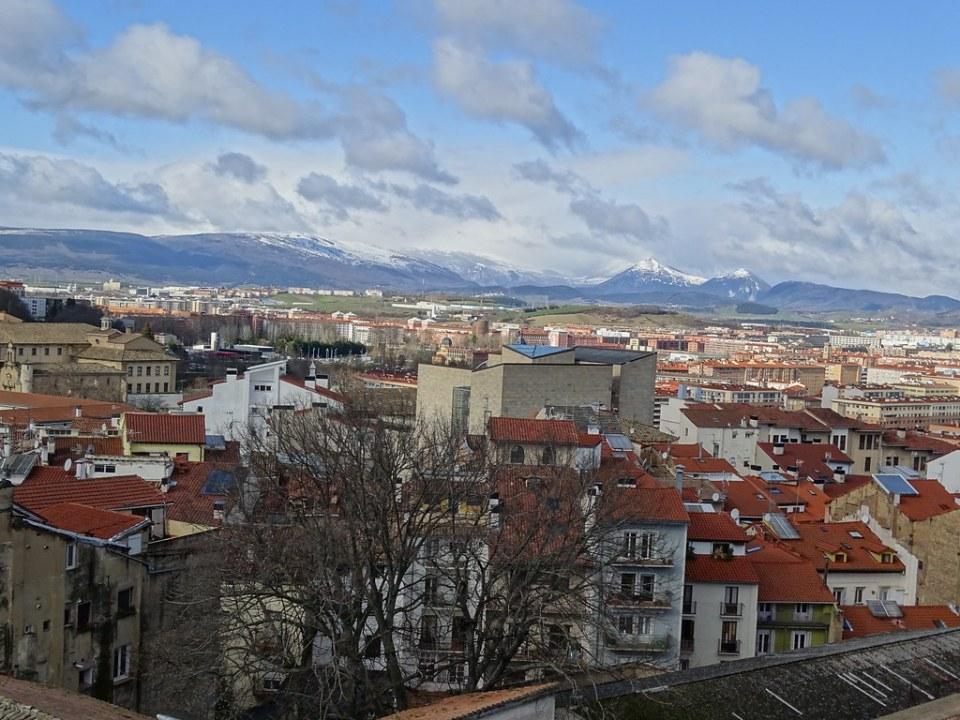 Catedral Santa Maria La Real vistas de la ciudad desde el Campanario Pamplona 01