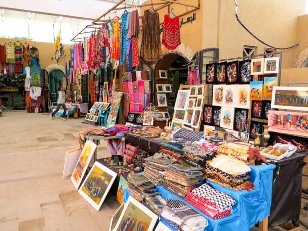 Puesto de souvenirs en Jerash