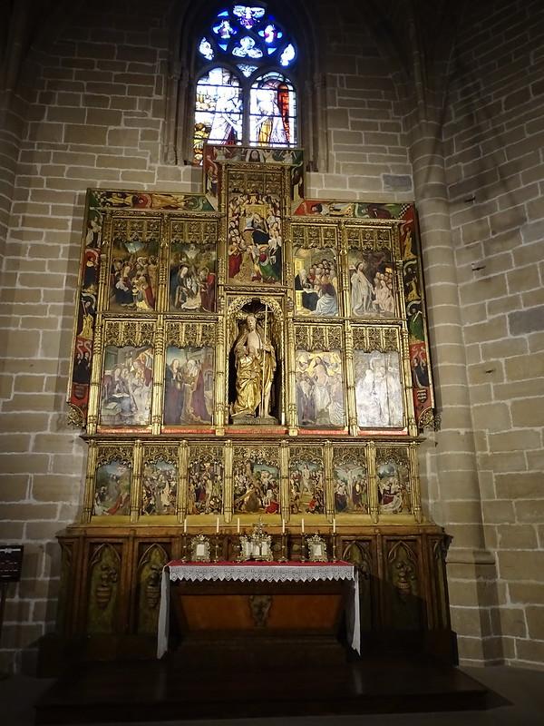 Girola retablo de Santo Tomas de Caparroso Catedral de Santa Maria La Real Pamplona