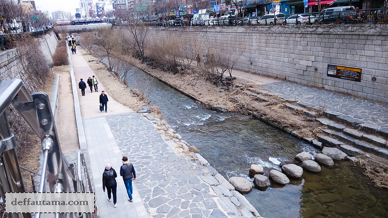 5 hari di Seoul - Cheong Gye Cheon Stream 1