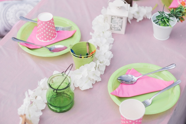 kids tables (1)