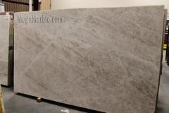 Ghiaccio quartzite slabs