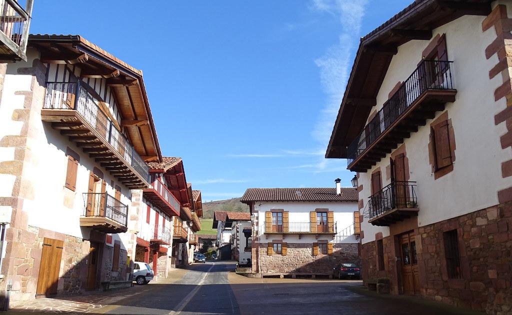 Amaiur Maya Valle de Baztan Navarra 07