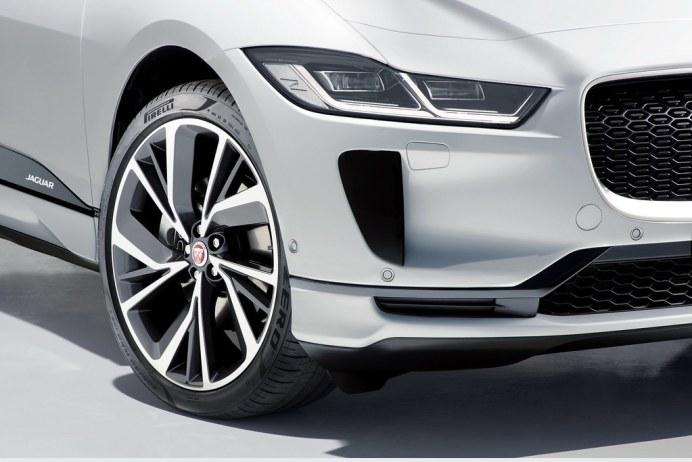2019-Jaguar-I-Pace-99