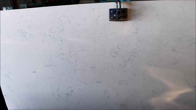 Carrara Statuario Quartz Polishing