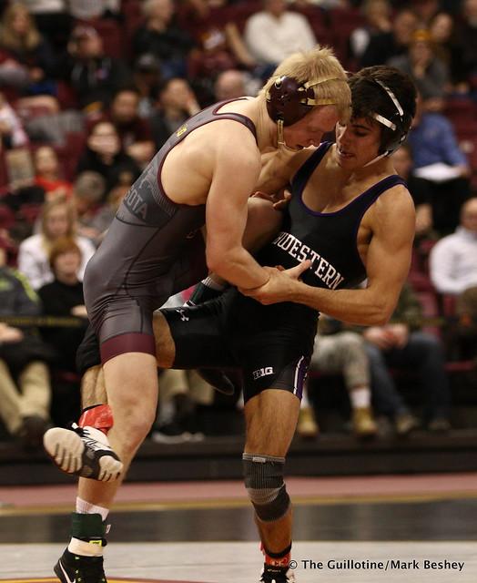 125: No. 10 Sebastian Rivera (Northwestern) maj. dec. Steve Polakowski (Minnesota) 11-3. 180128AMK0143