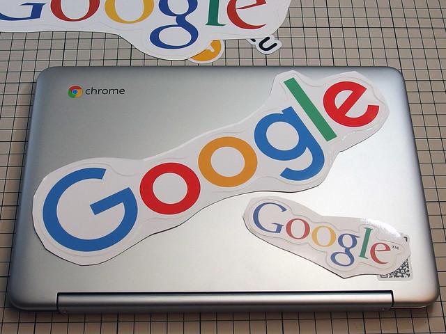 大きなGoogleロゴの方がよさそう。