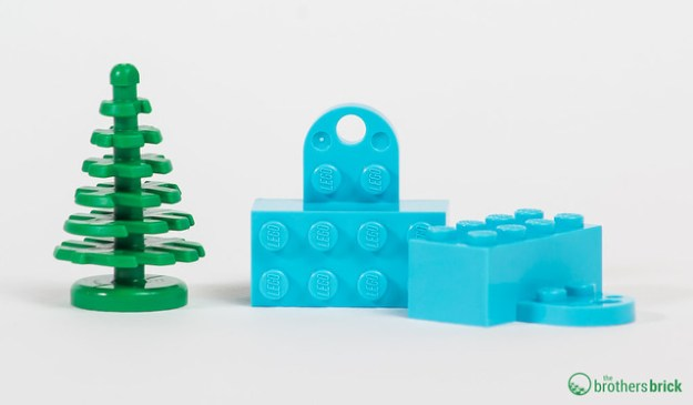 853663 LEGO Iconic Holiday Magnet [Review] | The Brothers Brick ...