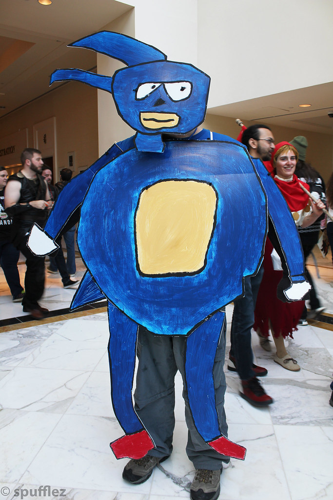 Sanic Featuring A Quot Sanic Quot The Hedgehog Cosplayer At