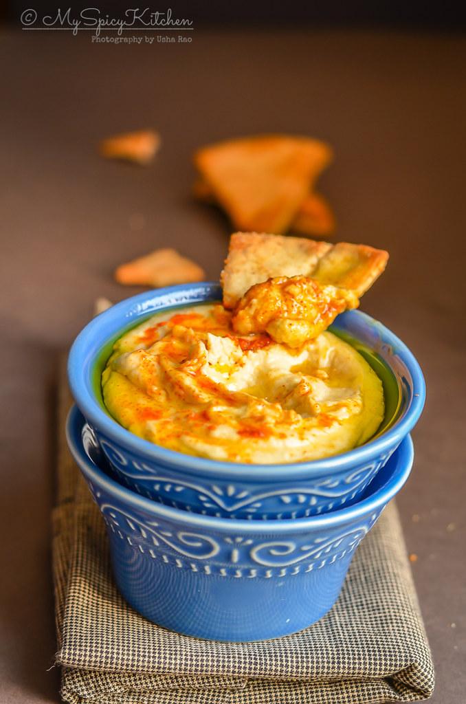 Hummus, Bowl of Israeli Hummus with pita bread,