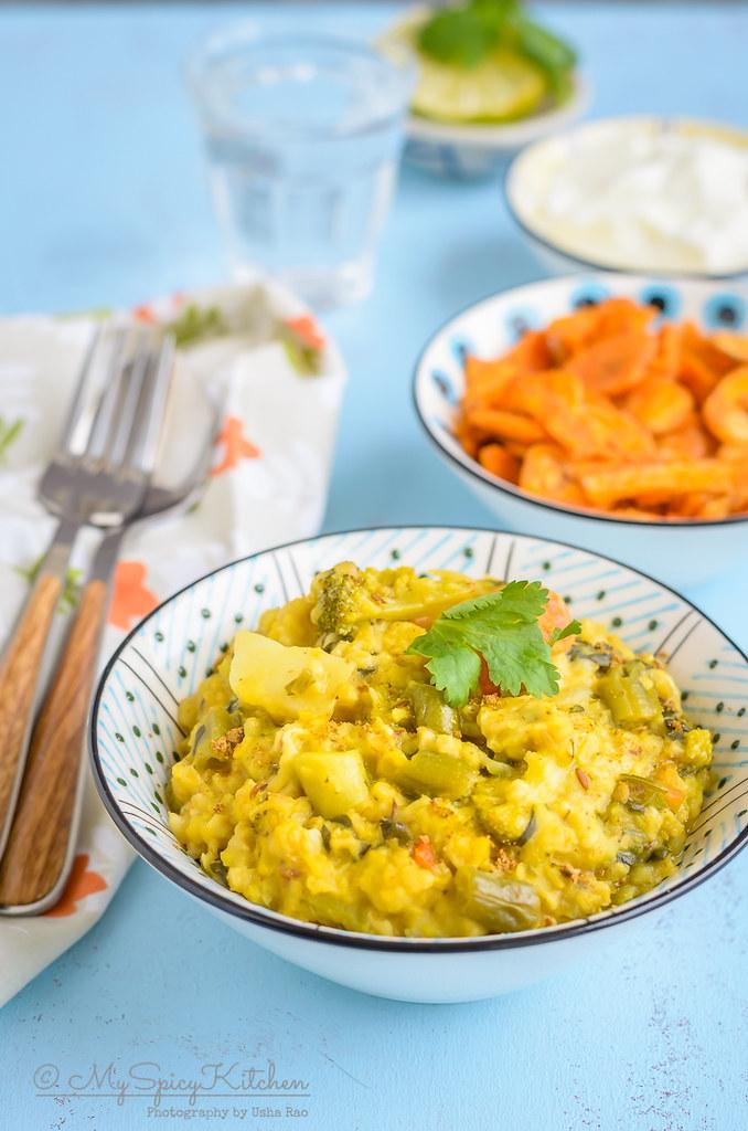 A bowl of Instant Pot oats vegetable khichdi