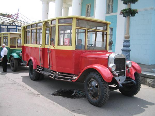 В 1926 году АМО-Ф15 получил крышу