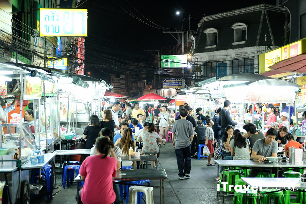 曼谷夜市推荐 查龙四夜市Chok Chai 4 Night Market (10)