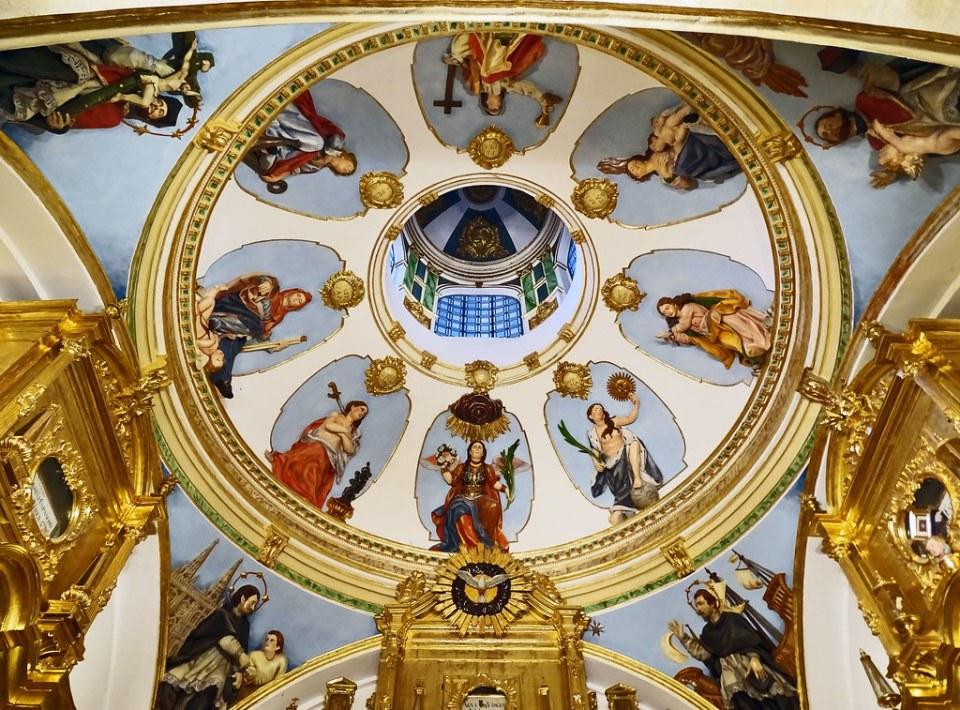 Catedral de Burgos Capilla de las Reliquias Cupula rococo Capilla de las Reliquias