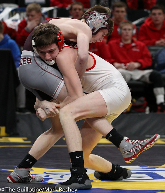 113 - Parker Dobrocky (Anoka) over Jack Roehl (Willmar) Dec 10-6 - 180301cmk0025