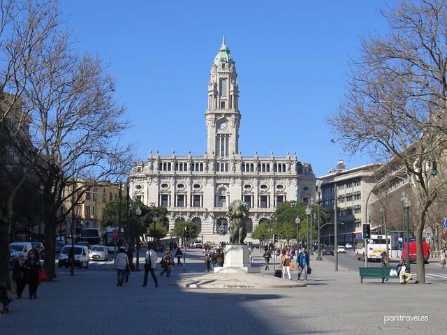 Que ver en oporto viajar a portugal for Oficina turismo oporto