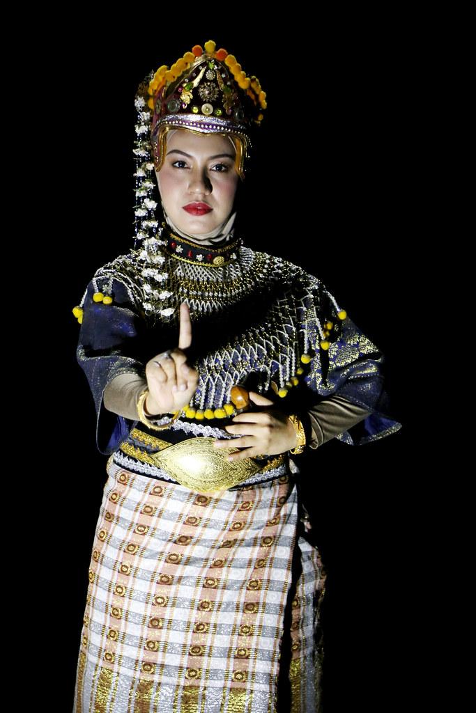Mak Yong Titis Sakti