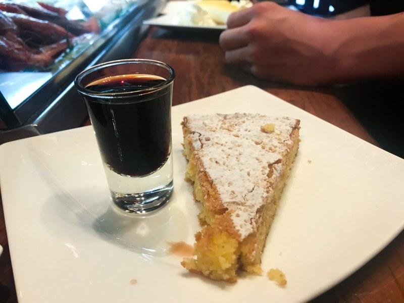 Santiago Almond Cake ($4.50)