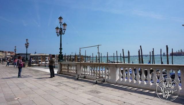 Ir a Venecia. Gondolas