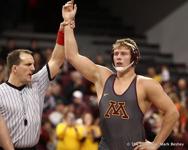 285 Rylee Streifel (Minnesota) dec. Matt Lloyd (Michigan State) 7-0. 180107AMK0137