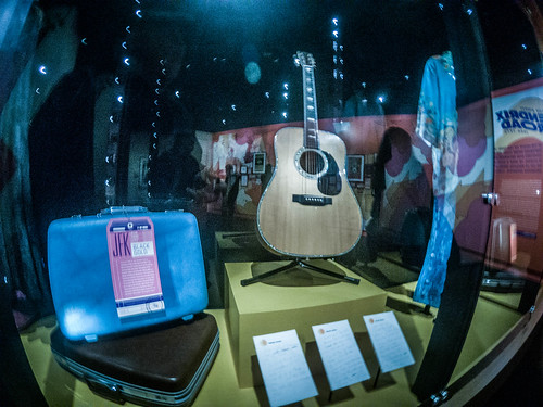 Jimi Hendrix Exhibit-001