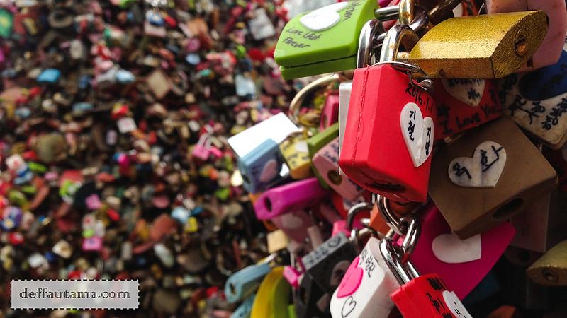 5 hari di Seoul - Love Lock