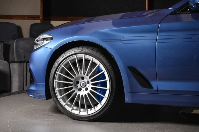 bmw-abu-dhabi-alpina-b5-blue-18