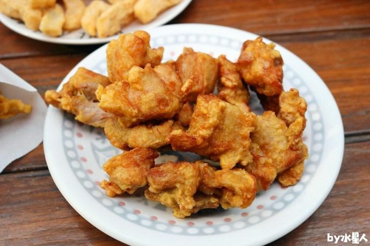 40185834812 126fdb7919 b - 熱血採訪|台中忠孝夜市鐵將炸雞,獨家特製醃料,美味現炸爆湯多汁(已歇業)