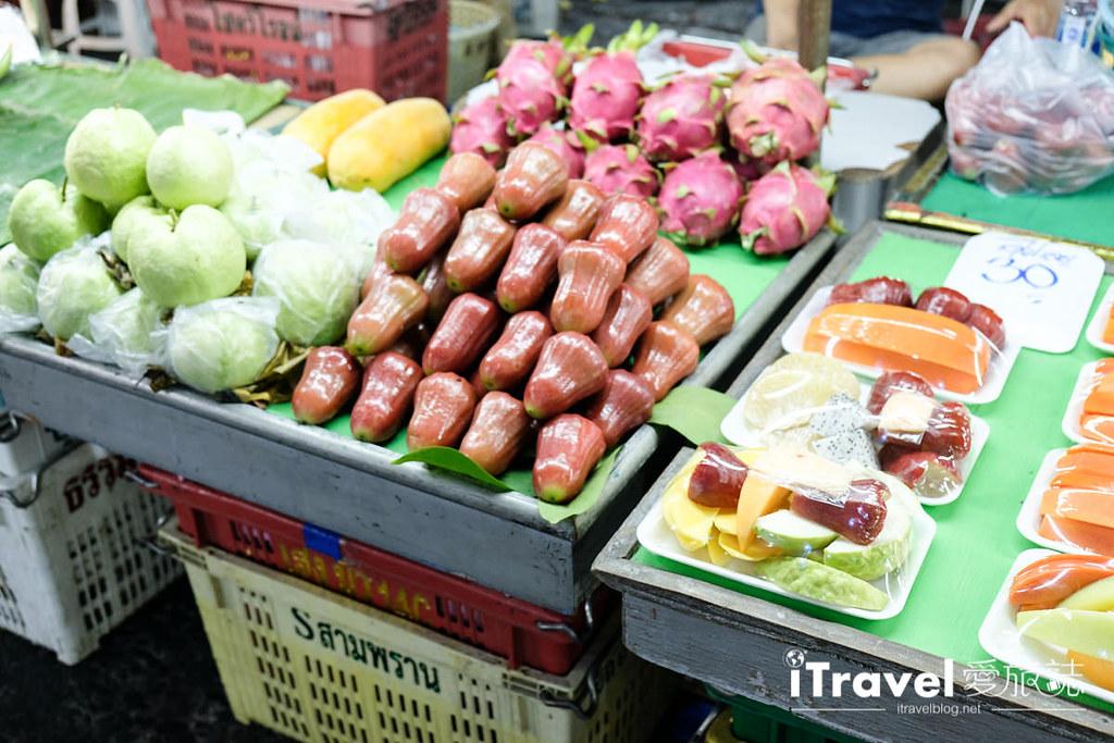 曼谷夜市推荐 查龙四夜市Chok Chai 4 Night Market (7)