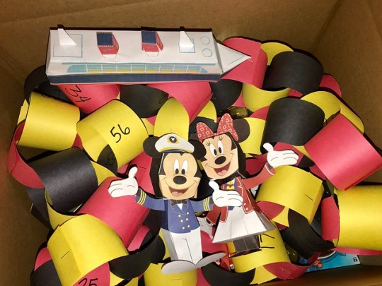 disney world box