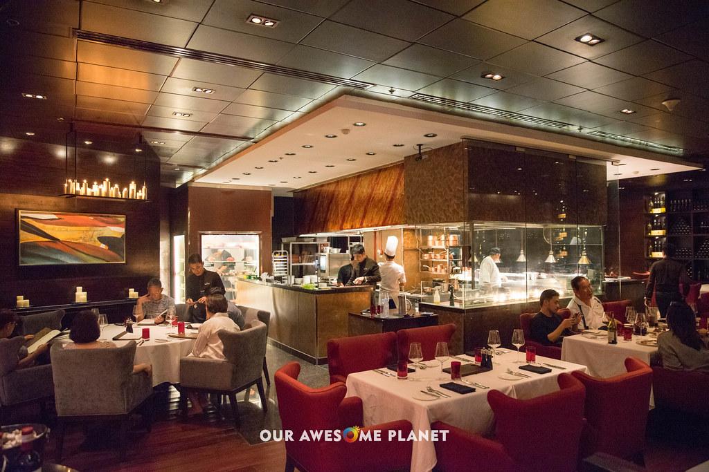 Cru Steakhouse Marriott-62.jpg