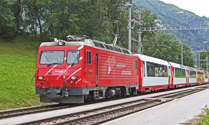 glacier-express-1935942_960_720