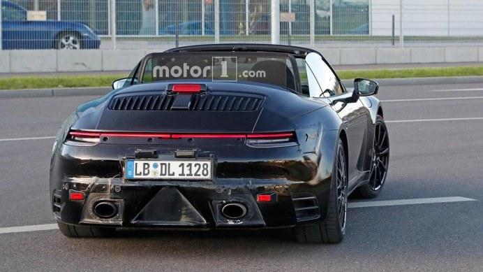 porsche-911-cabriolet-spy4