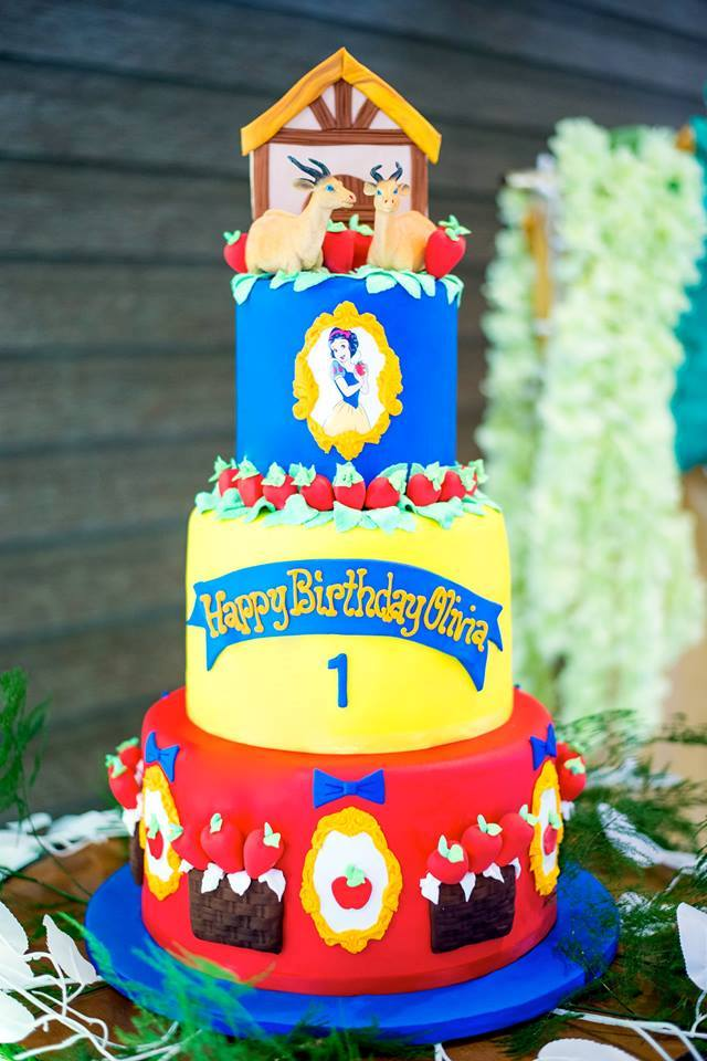 Olivias Snow White And The Enchanted Forest Theme Party 1st