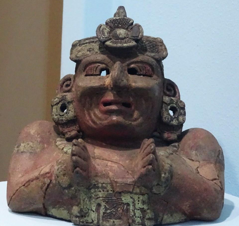 arte maya Incensario antropomorfo ceramica Kaminaljuyu Preclasico Museo Nacional de Arqueologia y Etnologia Ciudad de Guatemala 03