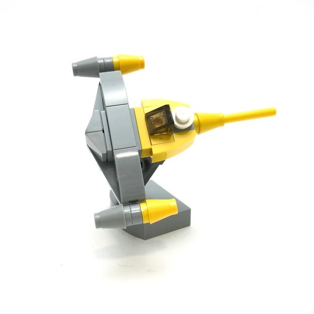Protect Naboo with a microscale Naboo Starfighter [Instructions ...