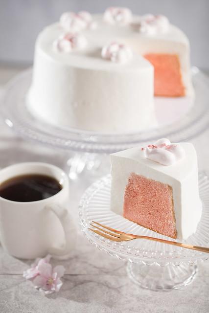 Starbucks_Strawberry Chiffon Cake