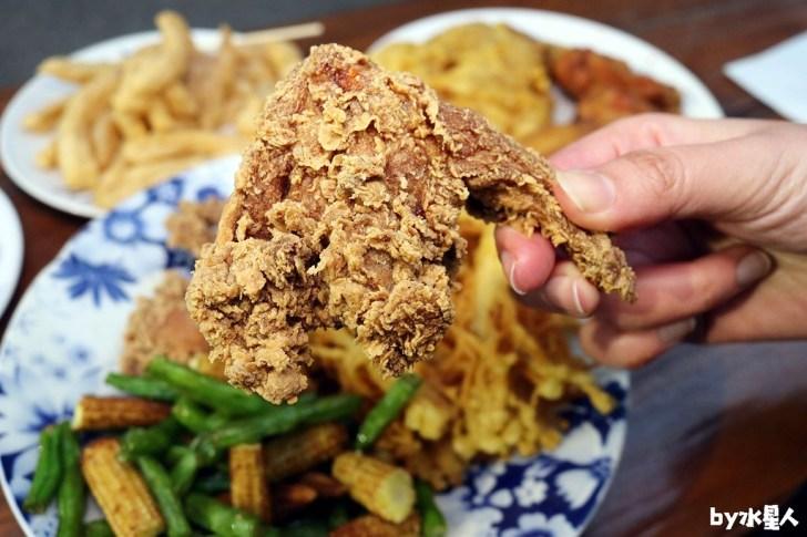 40218475991 90597cd993 b - 熱血採訪|台中忠孝夜市鐵將炸雞,獨家特製醃料,美味現炸爆湯多汁(已歇業)