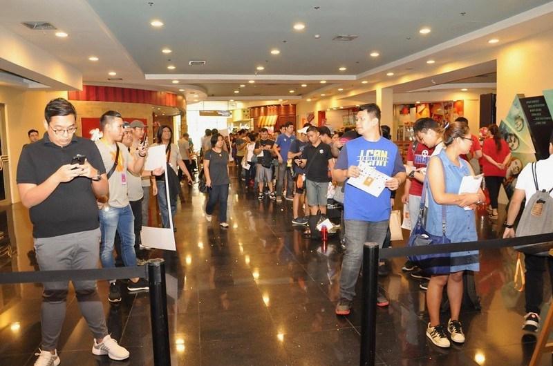 Xiao Mi opening at Trinoma