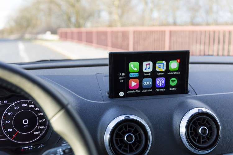 Elements of Experience - Apple Carplay