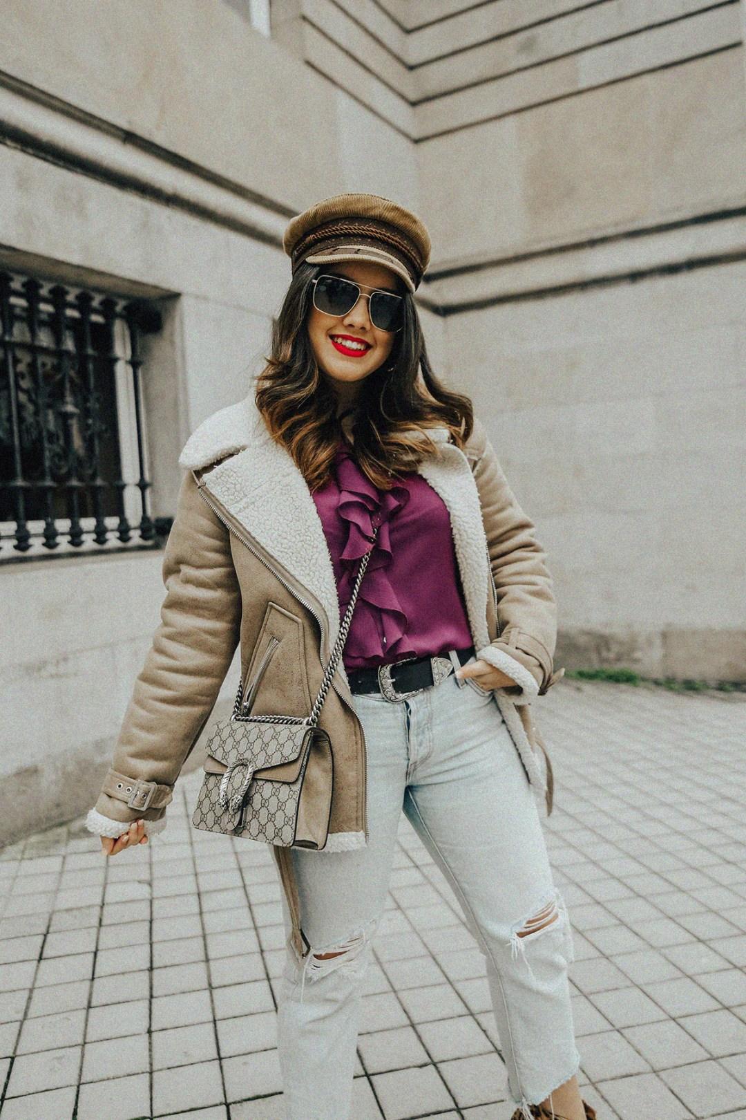 chaqueta-borreguillo-blusa-volantes-pipa-de-la-paz-myblueberrynightsblog