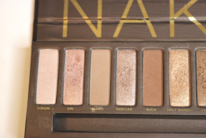 Naked palette left side close up