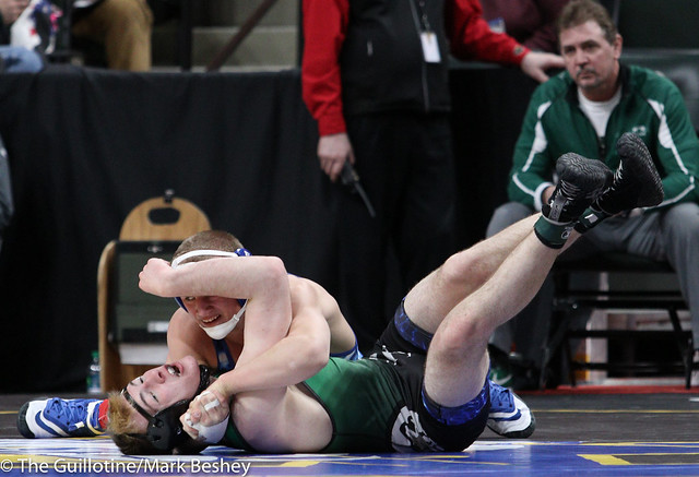Quarterfinal - Peyton Robb (Owatonna) 46-0 won by fall over Garrett Whitehead (Park) 40-5 (Fall 2:38) - 180302bmk0029