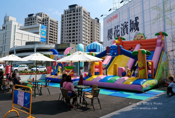 40638496232 cabe437d41 b - 氣墊樂園免費玩,還有多項好康等你來搶優惠,好停車、有化妝室