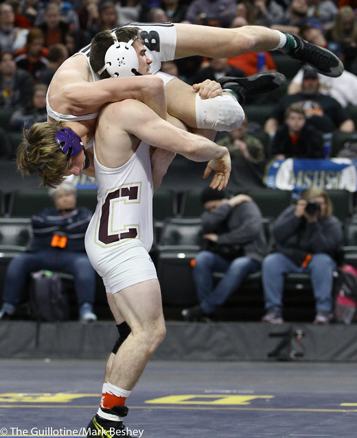 145A 1st Place Match - Brady Tweeton (Barnesville) 44-1 won by decision over Jake Mandt (Chatfield) 38-1 (Dec 9-6) - 180303cmk0186