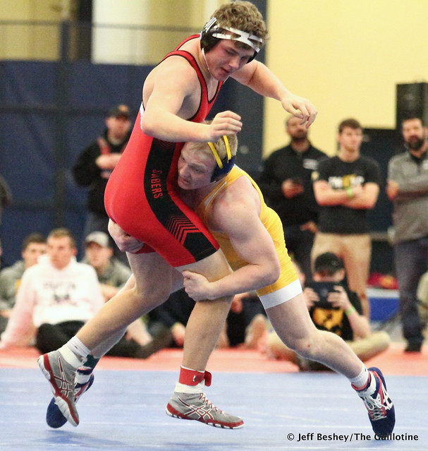 195 Semifinal - Calvin Sund (Prior Lake) 13-0 won by decision over Joey Johnson (Shakopee) 13-3 (Dec 11-5). 181215AJF0564