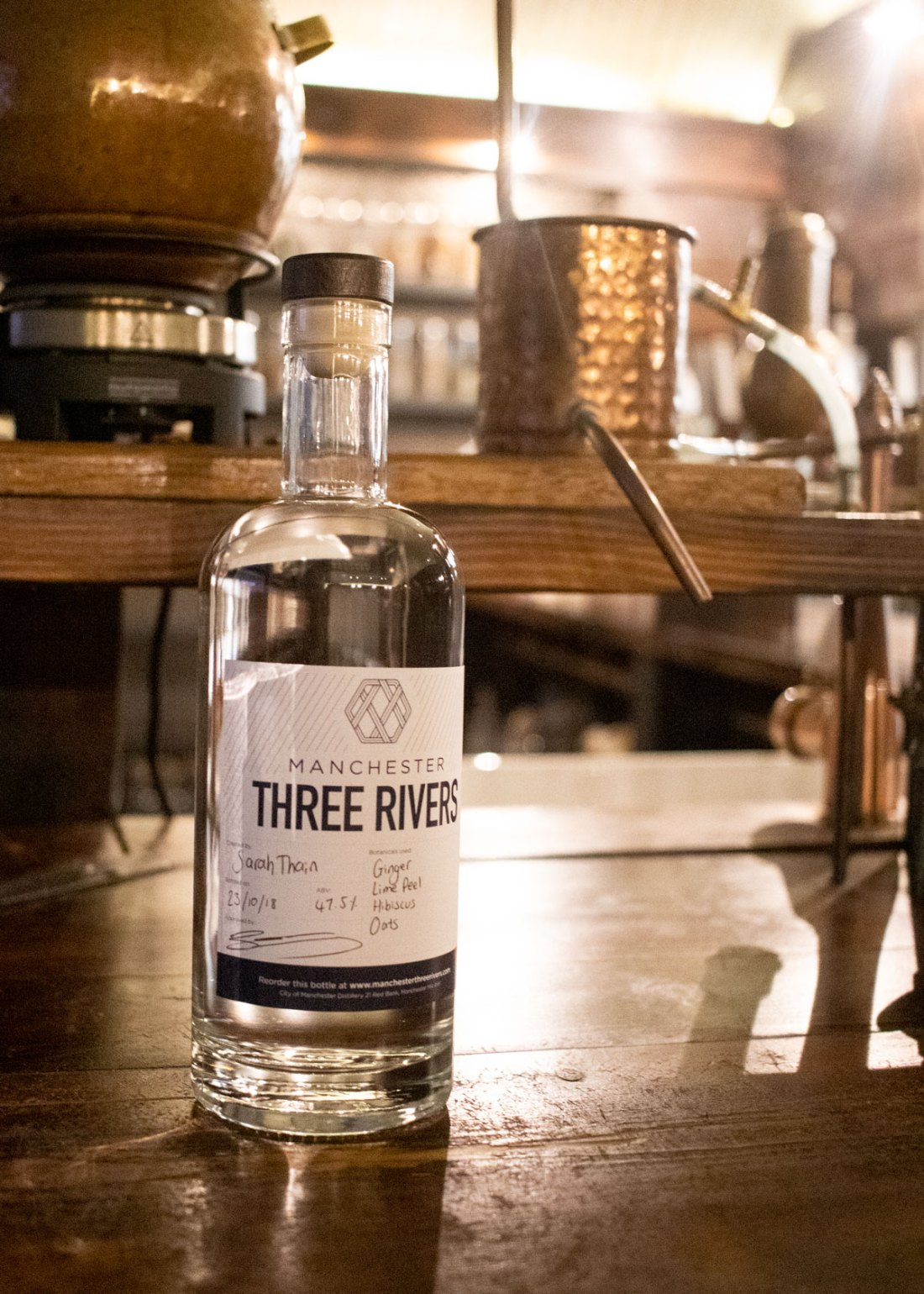 Make-Your-Own-Gin-at-Three-Rivers